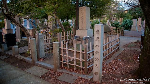 aoyama_graveyard- 026