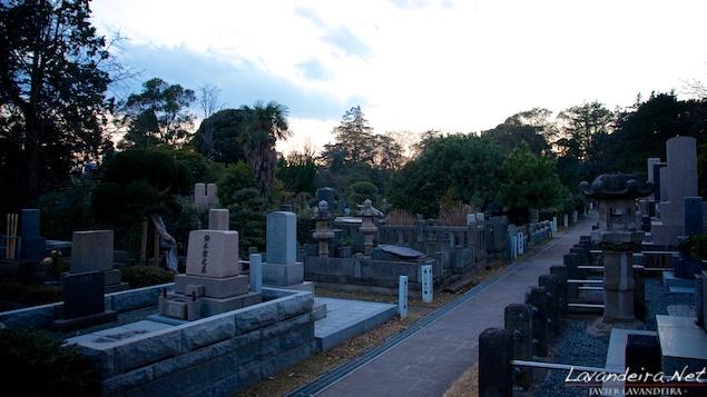 aoyama_graveyard- 028